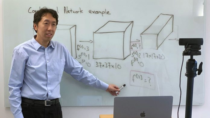 Photo of Andrew Ng teaching