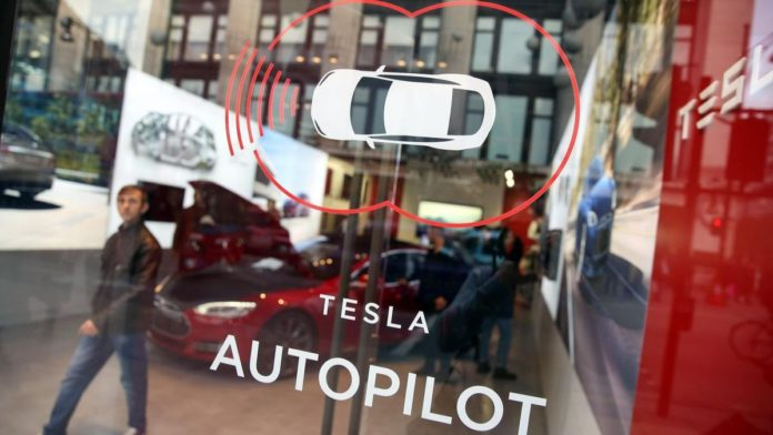Tesla Unviels Computer Vision-based Autopilot