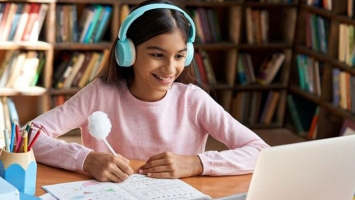 HP Launched Artificial Intelligence-Powered Digital Solutions For Students And Teachers