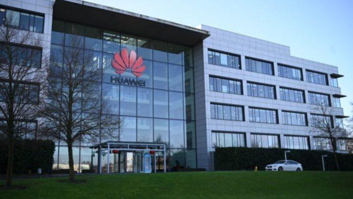 Huawei Fires Head of Autonomous Driving Department for Criticizing Tesla