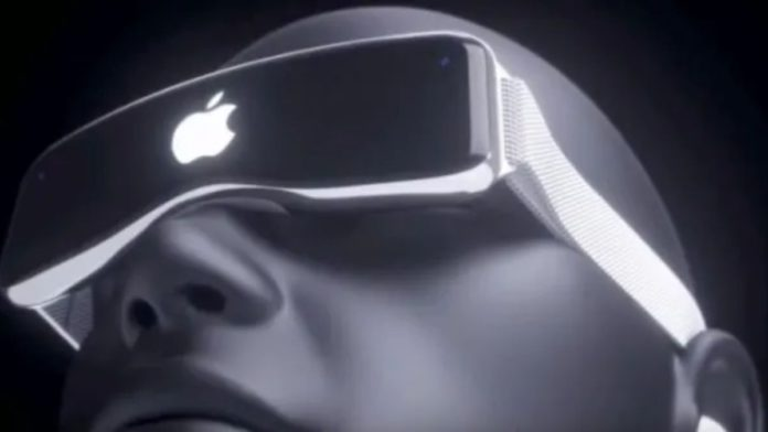 Apple AR VR headse with Iphone connectivity